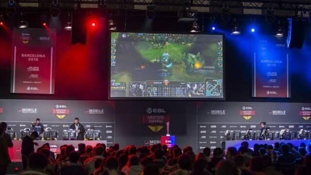 El espectador medio de esports en España se conecta a la red más de 5 horas diarias