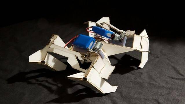 Estos robots inspirados en figuras de origami levantan 1000 veces su peso