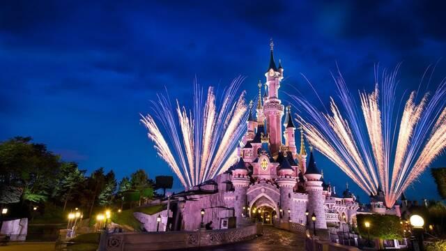 Disneyland Paris muestra en un Time-Lapse cómo decoran el Castillo de La Bella Durmiente
