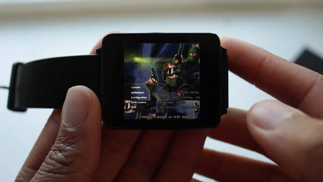 Hacen funcionar el Counter-Strike original en un smartwatch Android