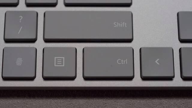 El nuevo teclado de Microsoft 'esconde' un lector de huellas digitales en una de sus teclas