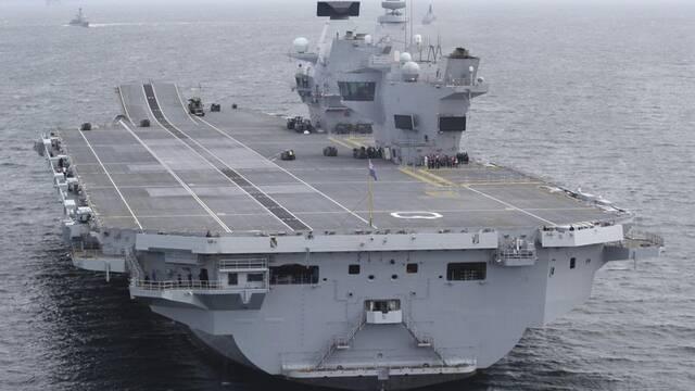 El nuevo portaaviones británico,  HMS Queen Elizabeth, utiliza Windows XP