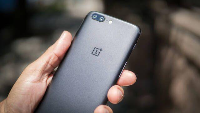 Un bug del OnePlus 5 reinicia el teléfono cuando quieres llamar al 911