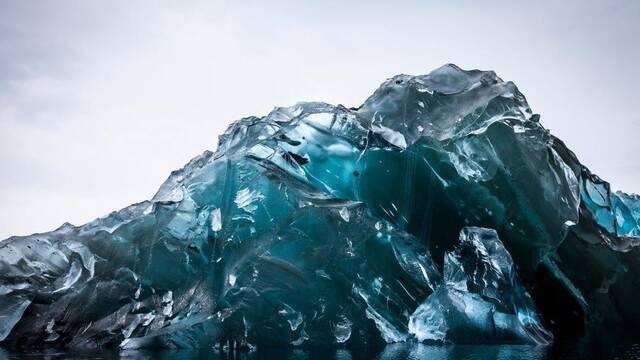 ¿Alguna vez has visto un iceberg bocabajo? Estas fotografías te lo muestran