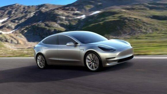 """Tesla quería llamar a sus modelos """"S-E-X-Y"""""""