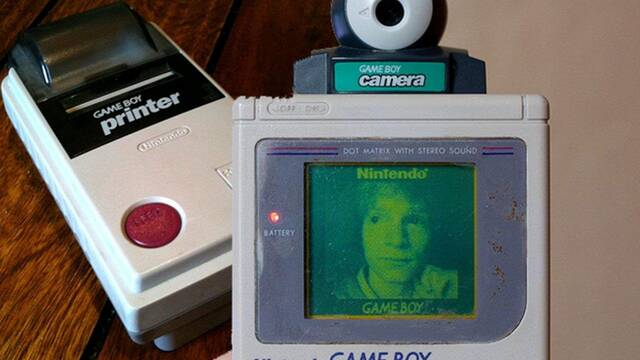 El eclipse como no lo has visto antes: fotografiado por una GameBoy Camera