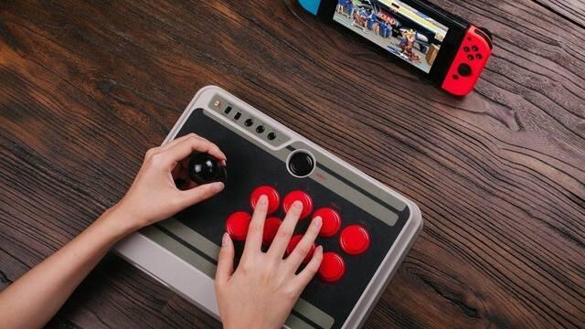 Crean un Arcade Stick inspirado en la NES de Nintendo