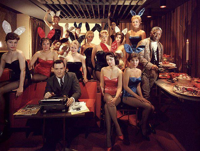 Hugh Hefner y sus conejitas en el Playboy Key Club de Chicago, en 1960.