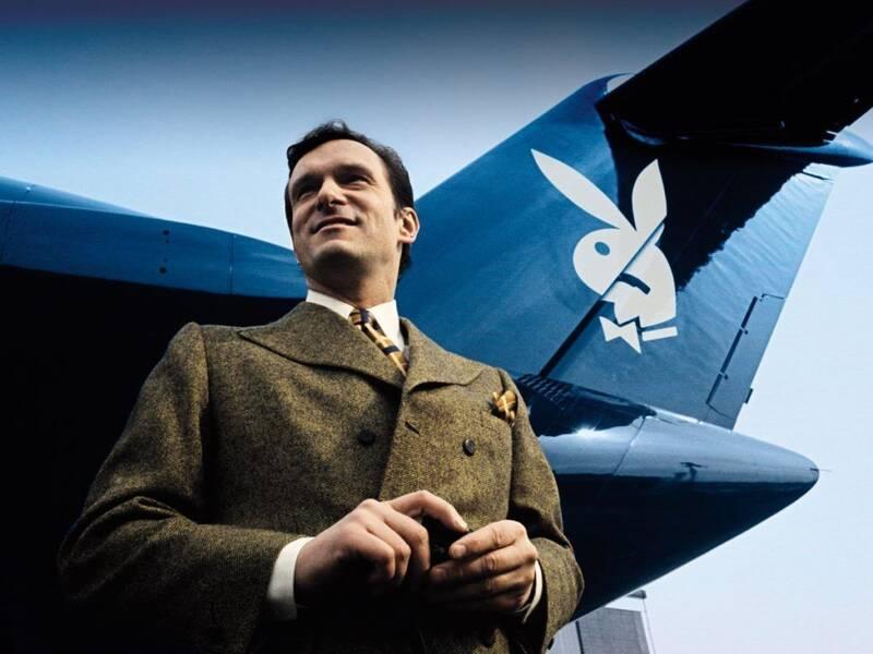 En los viejos tiempos, Hefner viajaba en el avión privado de Playboy, el 'Big Bunny', acompañado de varias Playmates.