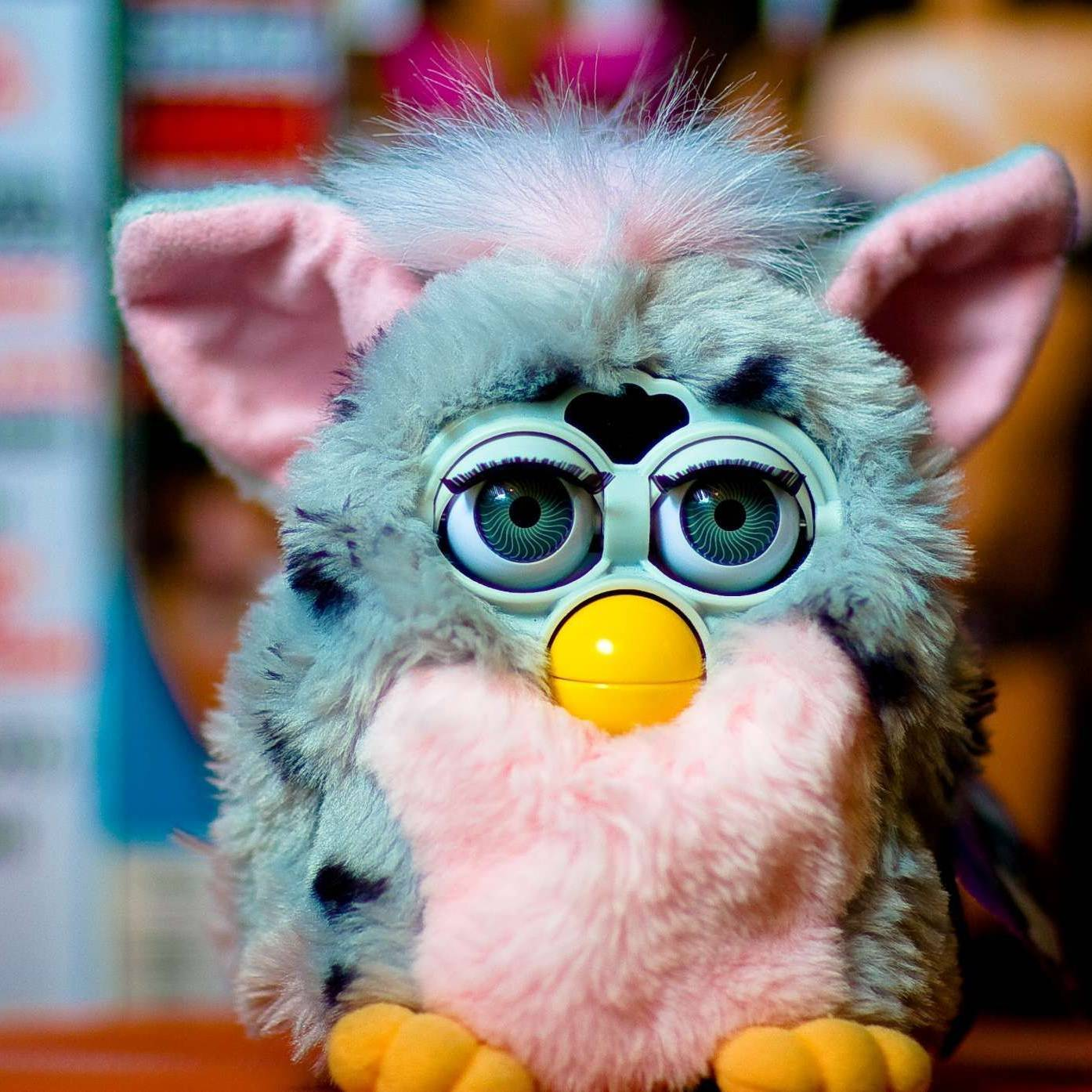 El Furby: El juguete más cariñoso e inquietante de la