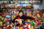 Tiene más de 20.000 juguetes de restaurantes de comida rápida