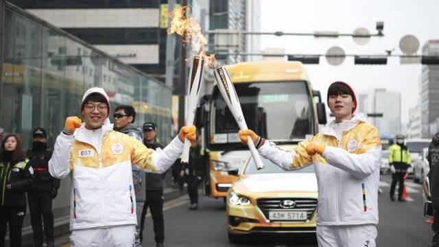 KT Rolster completa su relevo con la Antorcha de los Juegos Olímpicos de Pyeonchang 2018