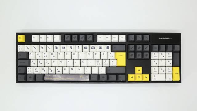 Varmilo VA105 Chicken Dinner, el teclado mecánico para los amantes de PUBG