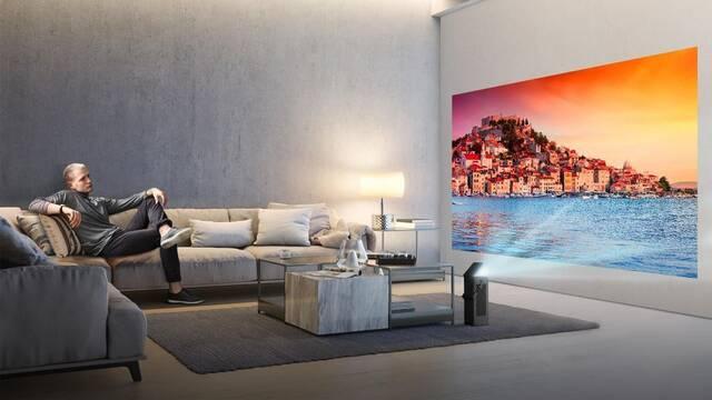 LG presenta su nuevo proyector 'torre': 4K y hasta 150 pulgadas