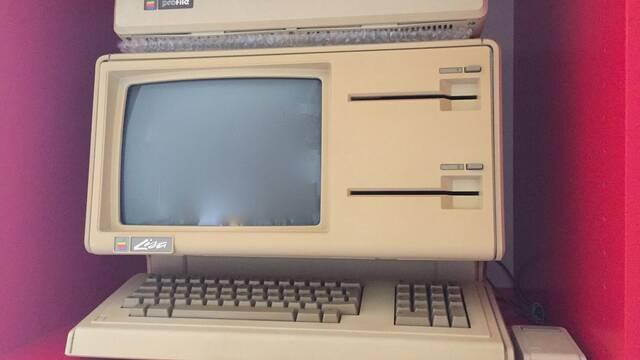 Venden un modelo del rarísimo Apple Lisa 1 por más de 55 000 dólares