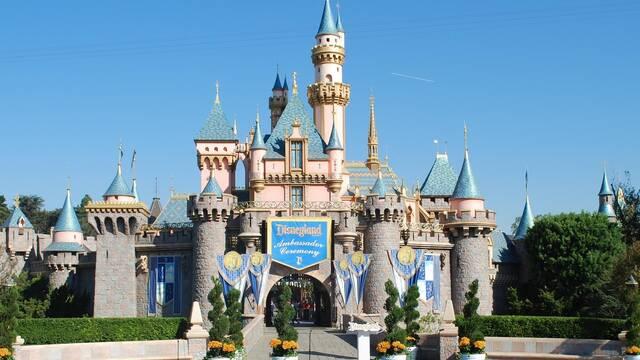 Disney World se ve obligado a cerrar sus puertas por la avalancha de gente