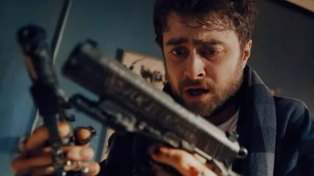 Tráiler Guns Akimbo: Daniel Radcliffe con pistolas unidas a sus manos