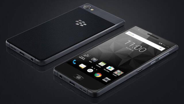 BlackBerry presenta su nuevo teléfono sin teclado físico
