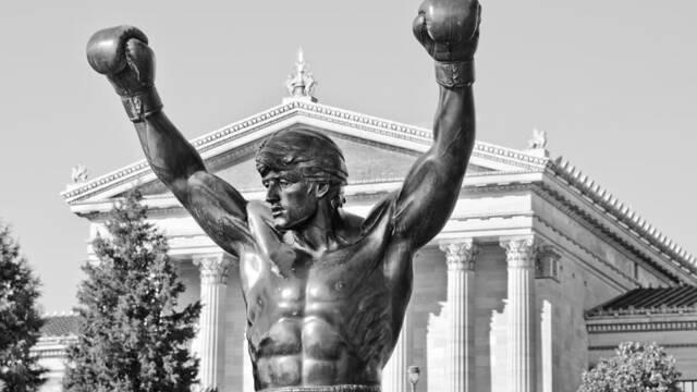 Subastan la escultura de Rocky Balboa en 'Rocky III'