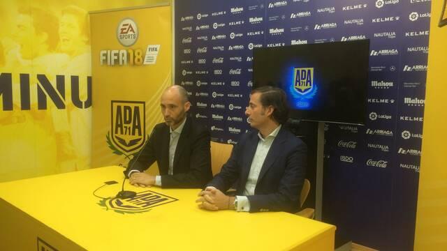 El Alcorcón presenta su proyecto de esports con FIFA 18 y Hearthstone
