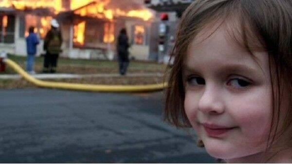 Esta es la historia que hay detrás del meme de la niña del incendio