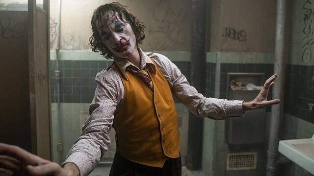 Joker: El baile de Arthur Fleck en el baño fue improvisado por Phoenix