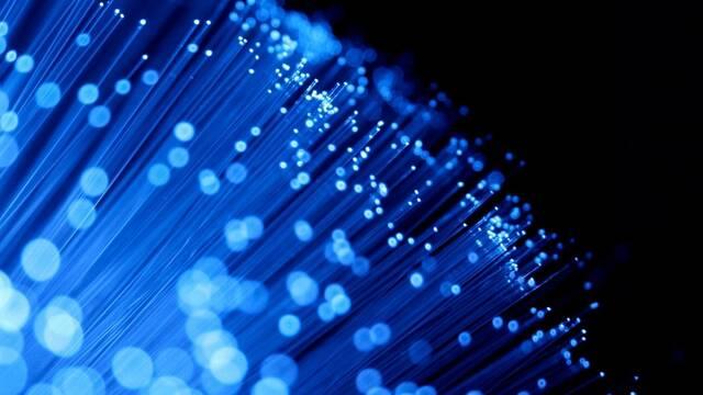 Movistar presenta su fibra óptica de plástico: flexible y a 1Gbps