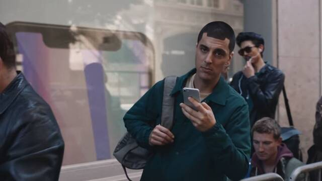 Samsung se ríe de Apple y del iPhone X en su último vídeo