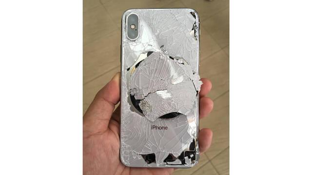 Afirmativo: iPhone X es el móvil más 'rompible'