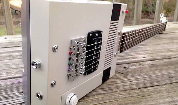 Convierten una NES en una guitarra eléctrica… ¡Y puedes jugar con ella!