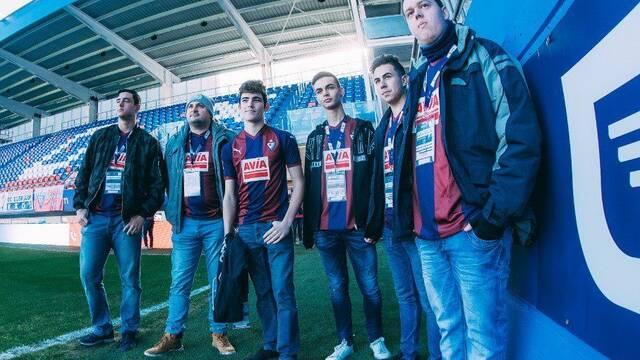 El Eibar presenta a sus jugadores de esports