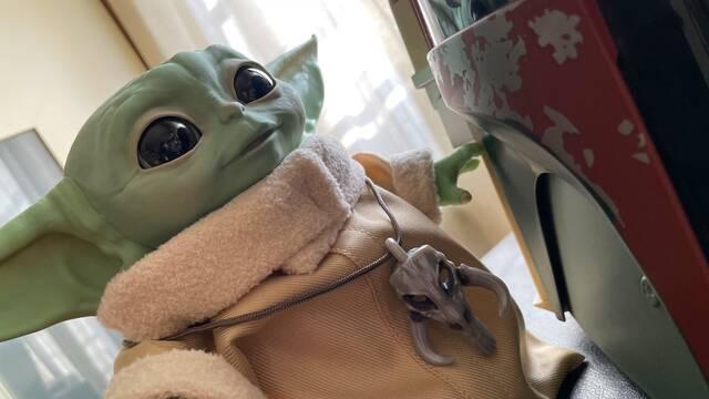 The Mandalorian: Así es el Baby Yoda animatrónico de Hasbro, el regalo de estas Navidades