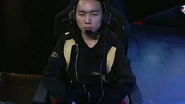 JieZou anuncia su retirada como jugador profesional de League of Legends