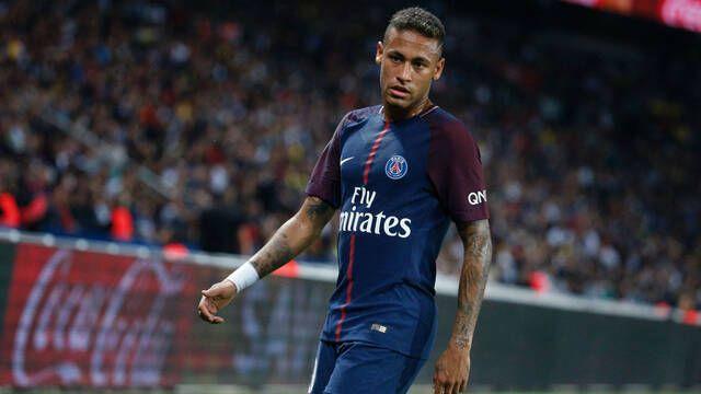 Neymar se marca un gran ACE con la AWP y lo comparte en redes sociales