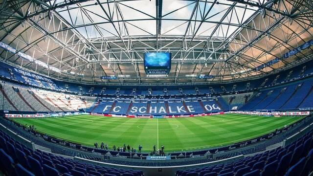 El Schalcke 04 presentará a su equipo de League of Legends en su estadio de fútbol antes de un partido de copa