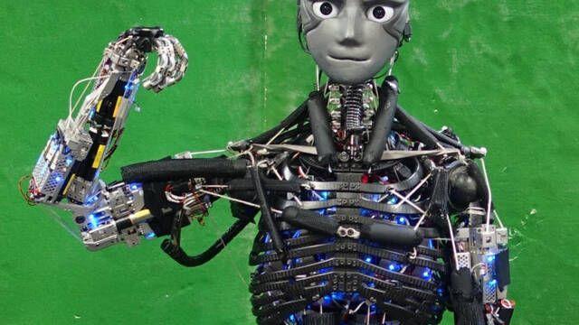 Kengoro, el robot con un sistema muscular idéntico al humano