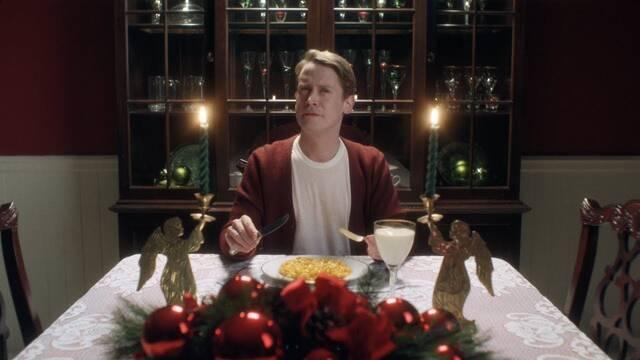 Macaulay Culkin protagoniza un anuncio navideño al estilo 'Solo en casa'