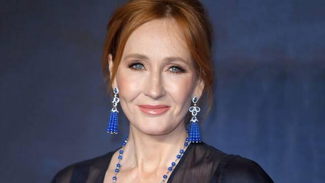 J.K. Rowling enfrenta una avalancha de críticas por un tuit tránsfobo