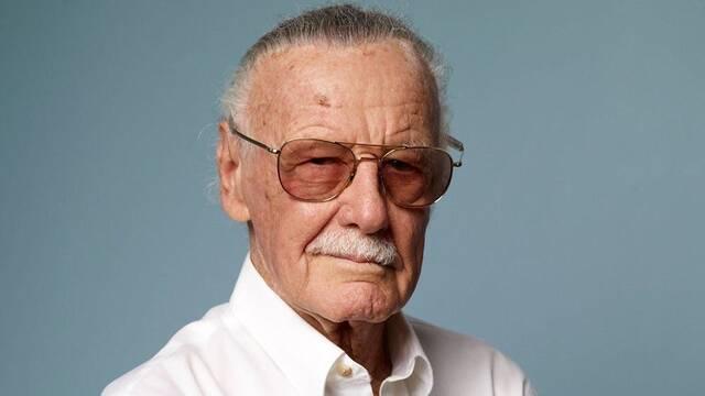Stan Lee, ingresado unas horas, sale del hospital sintiéndose 'muy bien'