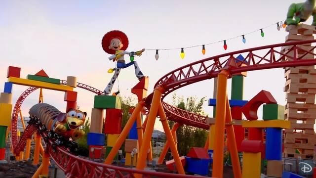 Así es Toy Story Land, el parque de atracciones de la película