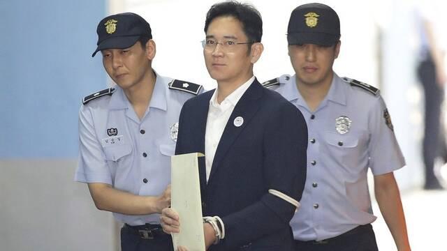 Lee Jae-Yong, vicepresidente de Samsung, se libra de la cárcel tras su condena por corrupción