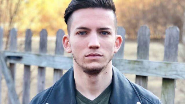 Despiden a un jugador profesional de Fortnite por animar a los suicidas a acabar con su vida