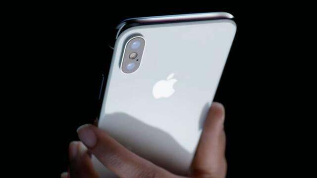 """Apple: """"La seguridad de nuestros productos no depende de mantener en secreto nuestro código fuente"""""""