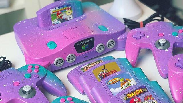 """Así luce una Nintendo 64 de la """"Senda Arcoíris"""" de Mario Kart"""
