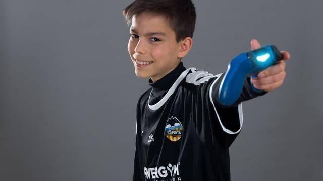 Así es la casa y el setup de Enrique Ramos, el jugador de Fortnite de 12 años del Valencia