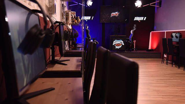 BCN Fighters y Vodafone Giants se unen para abrir un local de juegos de lucha en Barcelona