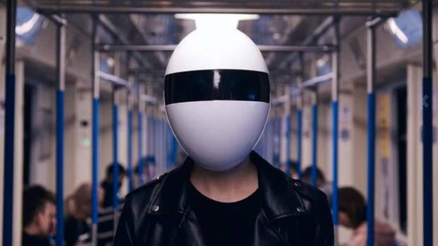 Blanc: Así es la mascarilla que te hará creer que eres el hermano tonto de Daft Punk