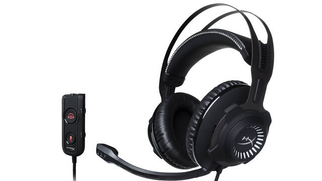 Unboxing de los nuevos auriculares Cloud Revolver S de HyperX