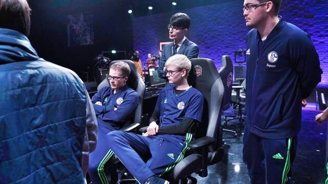 Rumor: El  Schalke 04 venderá su plaza en la Challenger Series y disolverá su equipo de League of Legends