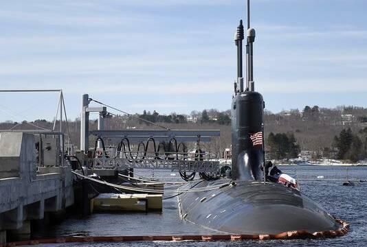 E.E.U.U. flota su submarino con un sistema controlado por un mando de Xbox